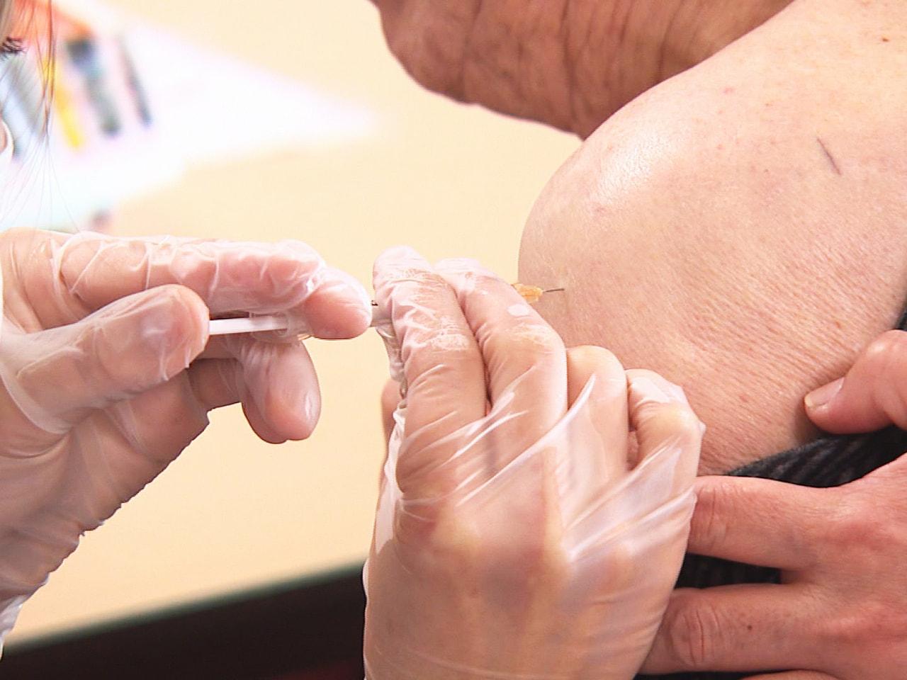 高齢者施設の入所者を対象にした新型コロナウイルスのワクチン優先接種が、岐阜県内の...