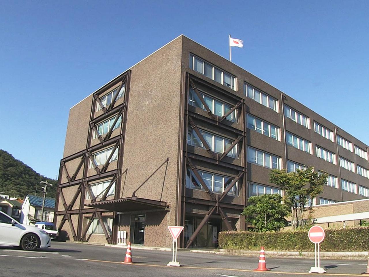 岐阜財務事務所は岐阜県内の4月期の景気について、「一部に厳しい状況があるものの持...