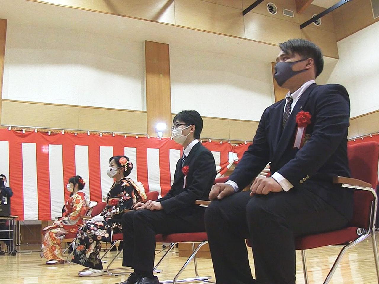 新型コロナウイルスの影響で延期されていた岐阜県高山市の成人式が、規模を大幅に縮小...