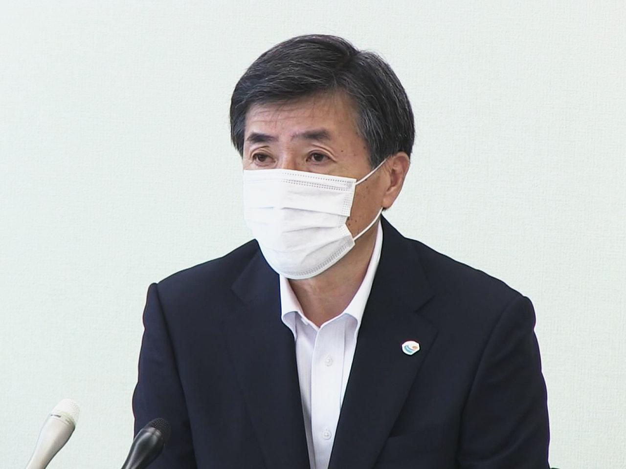 岐阜県下呂市は13日、山内登市長(63)が4月末に、医療従事者向けの新型コロナウ...