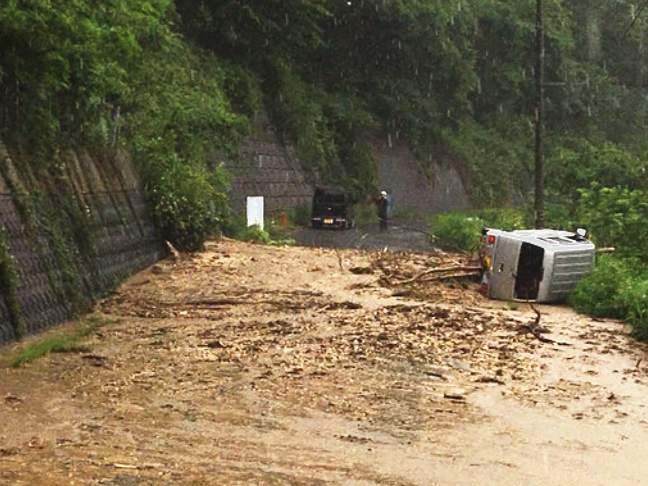梅雨前線の活動が活発になった影響で、岐阜県は21日、5月としては記録的な大雨にな...