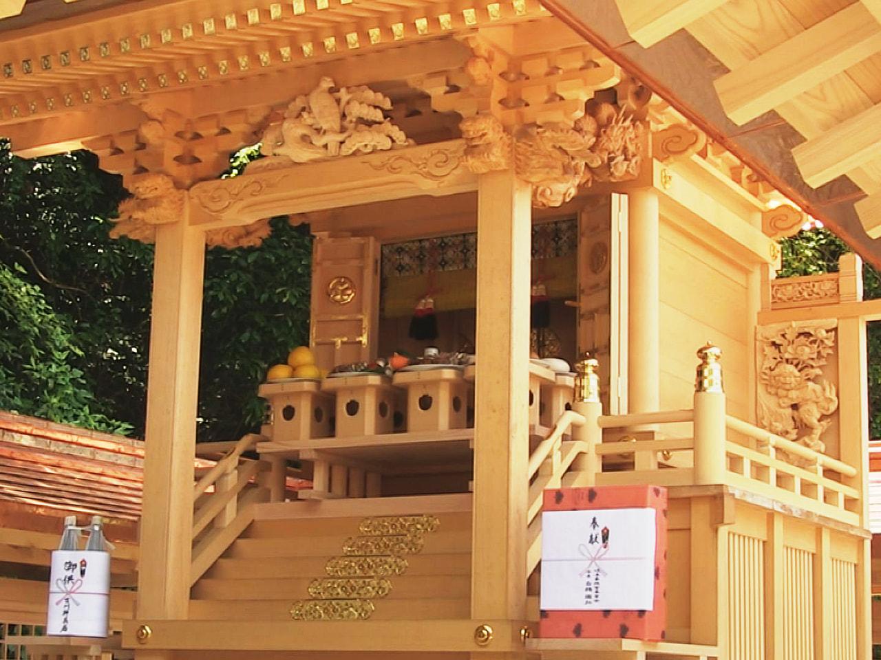 徳川家康の遺徳を顕彰する「岐阜東照宮」の新社殿が、岐阜市の伊奈波神社の境内に完成...