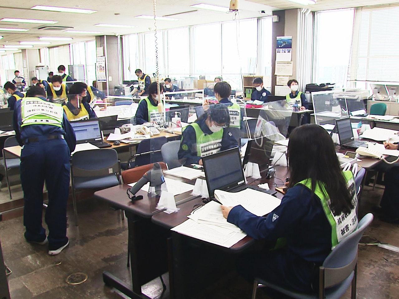 本格的な雨の時期を前に岐阜県は3日、関係機関が連携し、豪雨災害に対応する訓練を行...