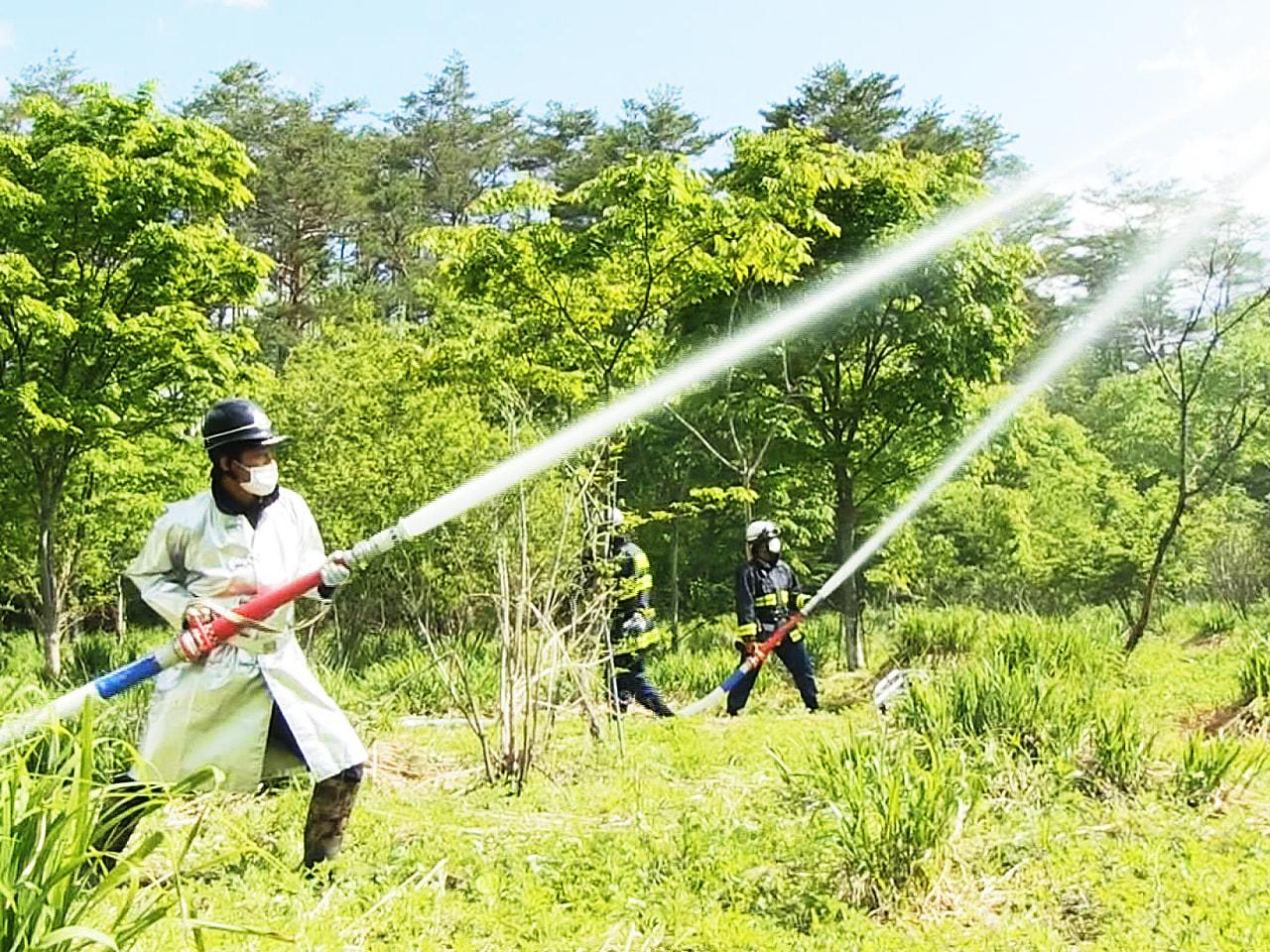 山林火災を想定して、岐阜県と高山市が防災ヘリも使った合同訓練を行いました。 合同...