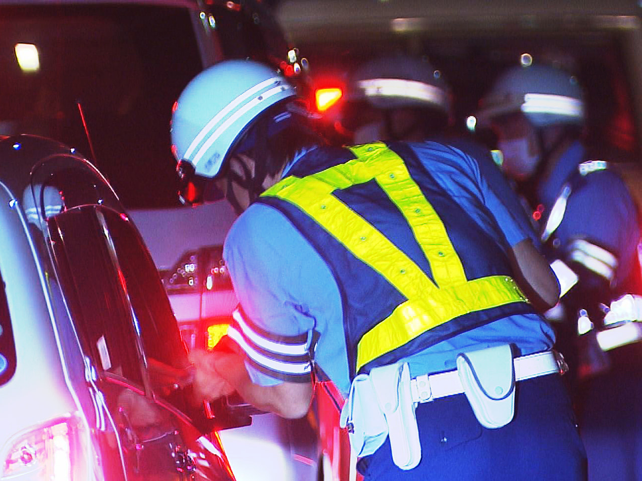 5月末から交通死亡事故が相次いだことを受けて、緊急対策に乗り出した警察は、緊急の...