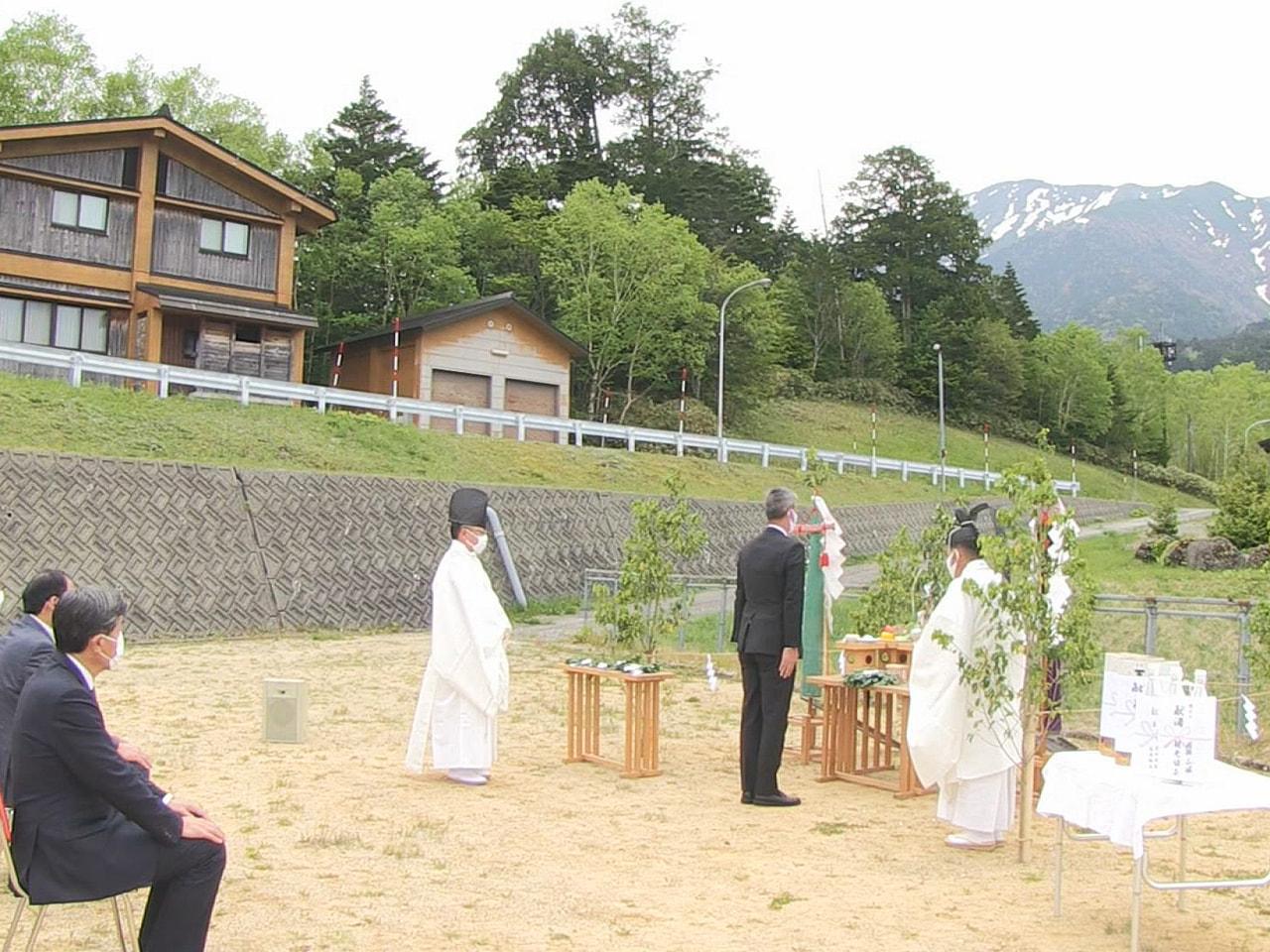 御嶽山の噴火からことしで7年。 夏山シーズンを前に6日、登山者の安全を祈る祈願祭...