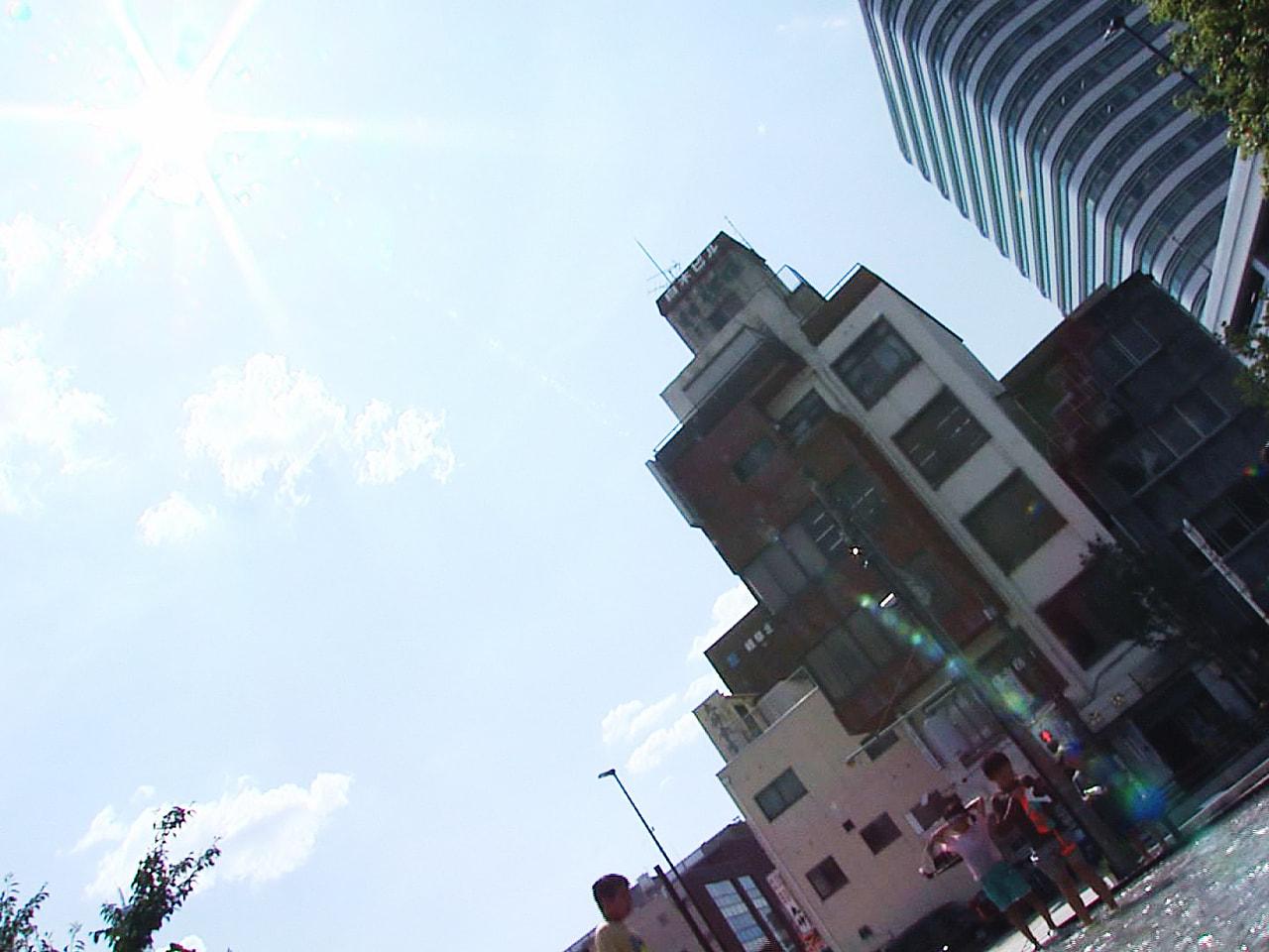 岐阜県内は26日も高気圧に覆われてよく晴れて気温が上がり、各地で猛暑日となりまし...