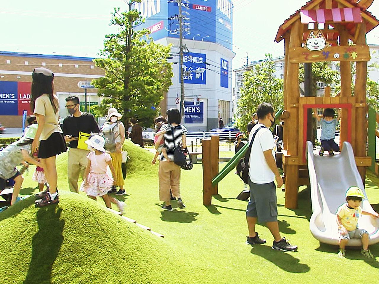 岐阜市にある大型商業施設「マーサ21」で屋外緑化広場「チェリーガーデン」が復活し...