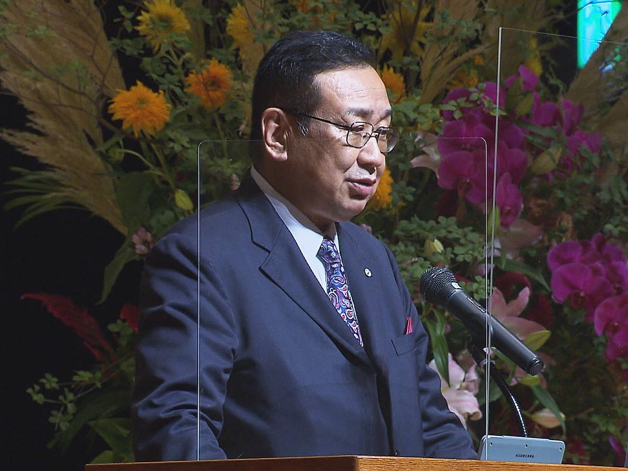 岐阜新聞の創刊140年を記念するシンポジウムが27日、岐阜市で行われました。 シ...