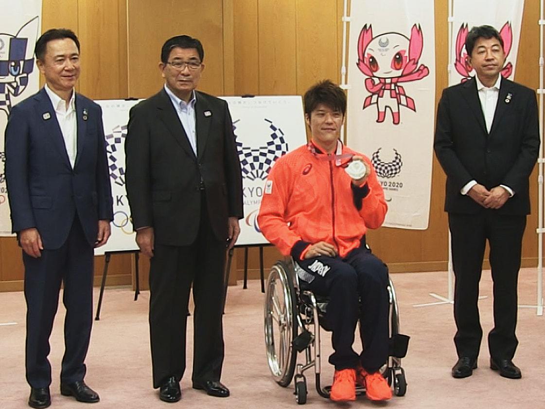 東京パラリンピックの男子車いすバスケットボールで銀メダルを獲得した、岐阜県不破郡...